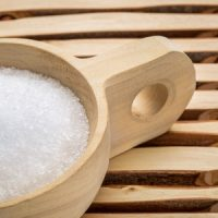 Keep Your Lawn Green With a Dash of Epsom Salt
